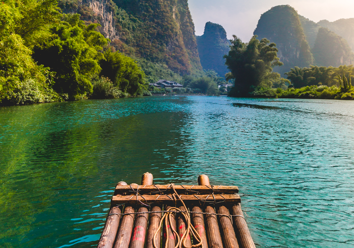 Go Bamboo Rafting Down Li River - China