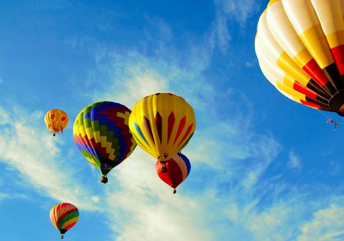 Hot Air Baloon Above The Capital - Australia
